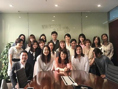 上海で活躍するメンバーたち