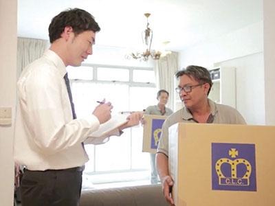 日本人スタッフが配達、梱包もご一緒します