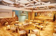 東京本社のカフェスペース